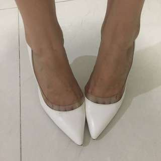 Zara Shoes White Size 36