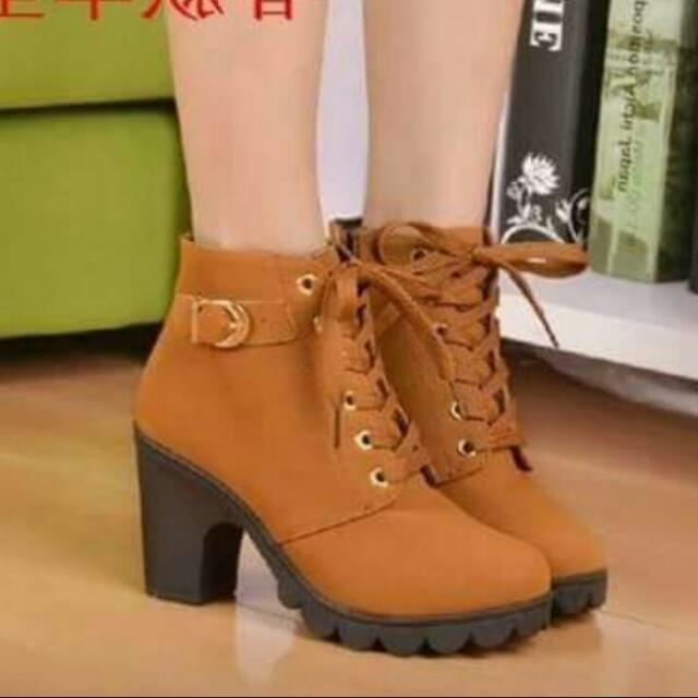 时尚鞋新款尺寸23.5至24厘米。 690之前销售390