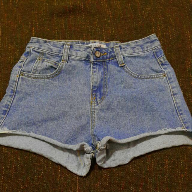 降⬇捲邊牛仔短褲