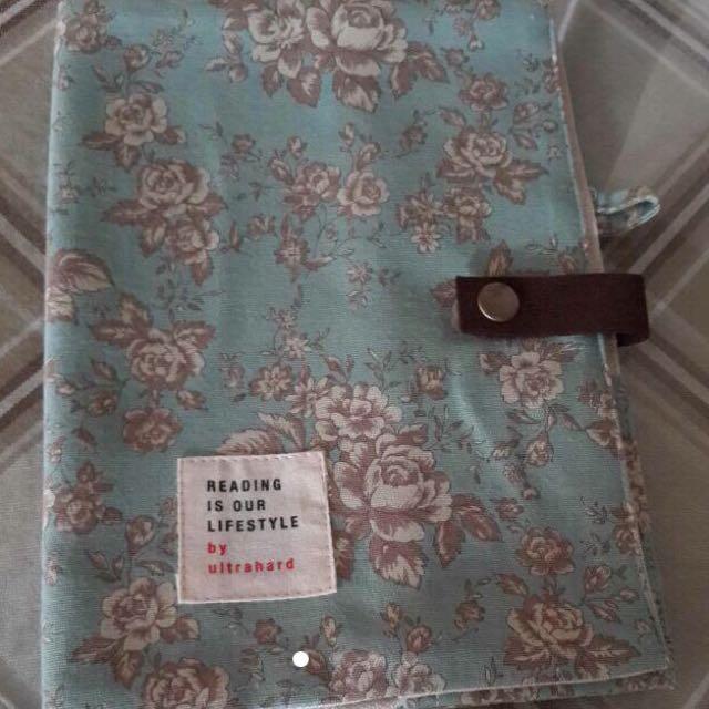 全新棉麻材質復古花紋附筆插書衣