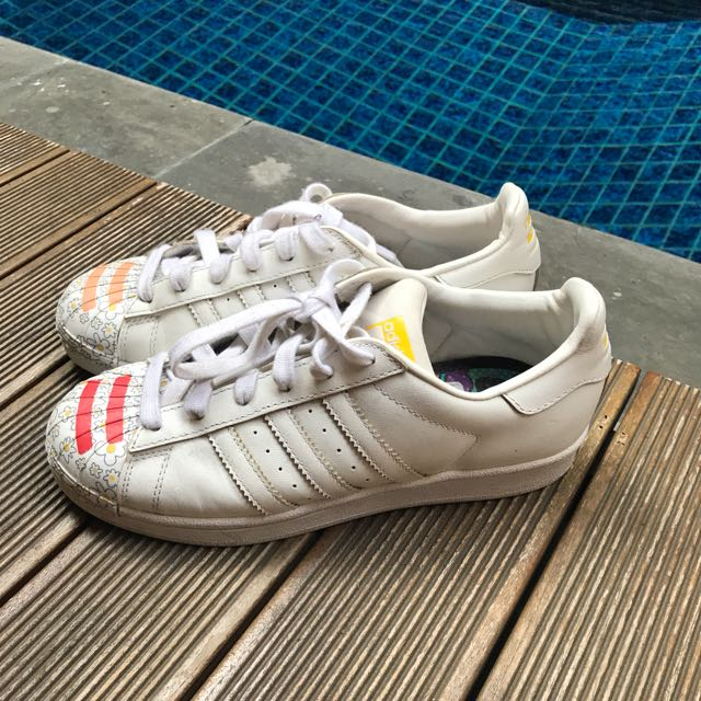 Adidas Superstar Pharel William Sz 38 (Harga nett)