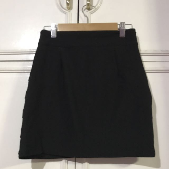 Black Fit Mini Skirt