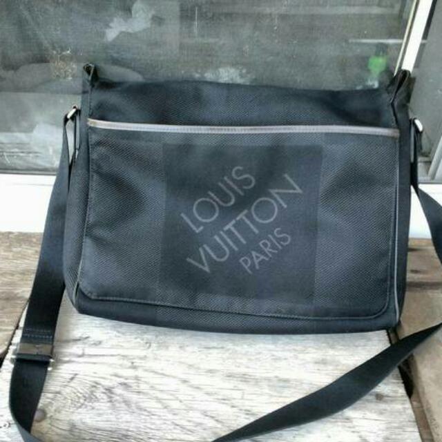 Black Louis Vuitton Damier Geant Messenger Bag
