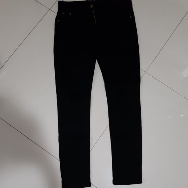 Black Ripped Jean