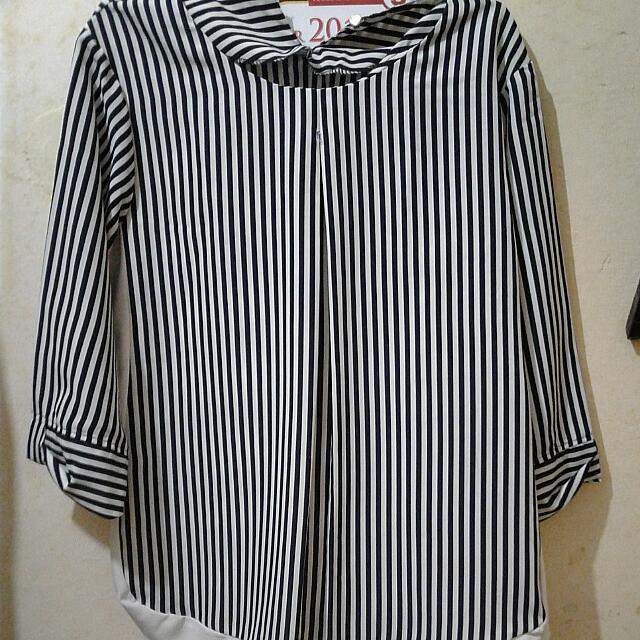 Blouse Wanita Navy-white Strip