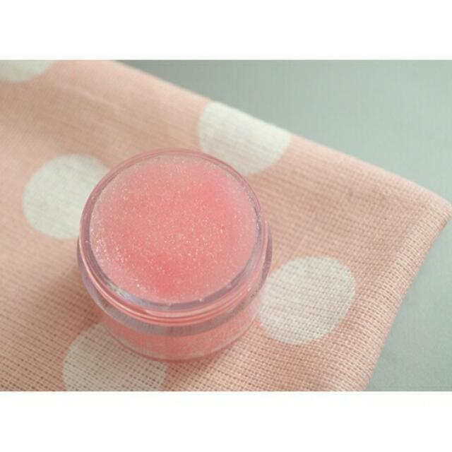 [CASH ON DELIVERY] Strawberry Lip Scrub