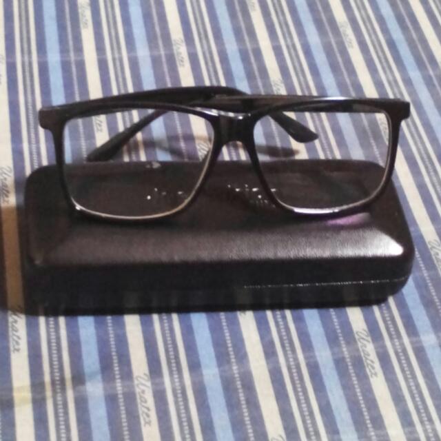 clear eye glass