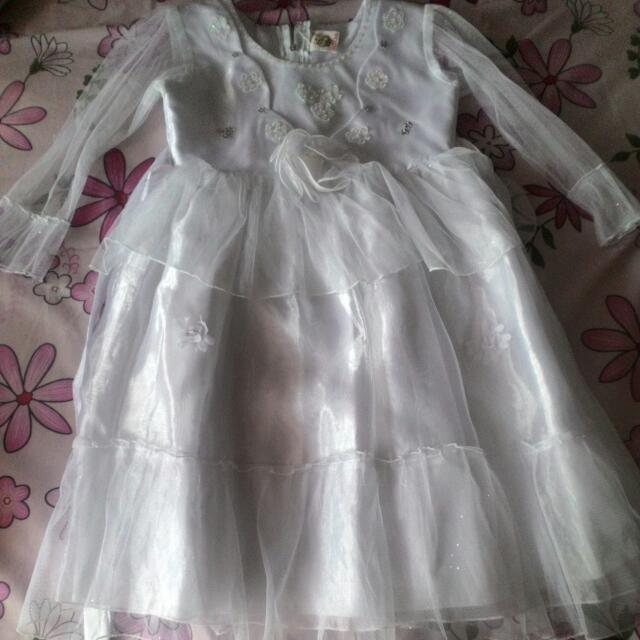Dress Ultah Warna Putih