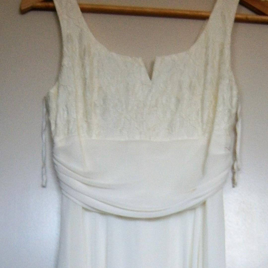 Elegant cream coloured evening/bridal/cocktail dress size 10