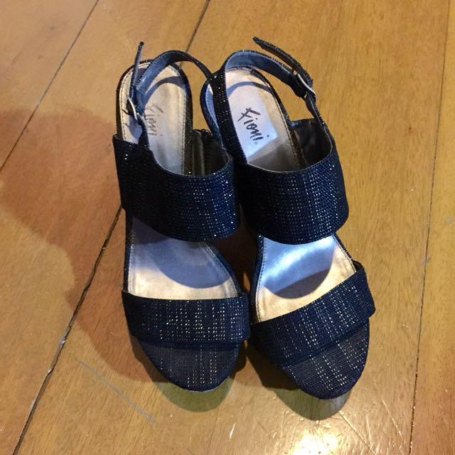 Fioni Platform Heels