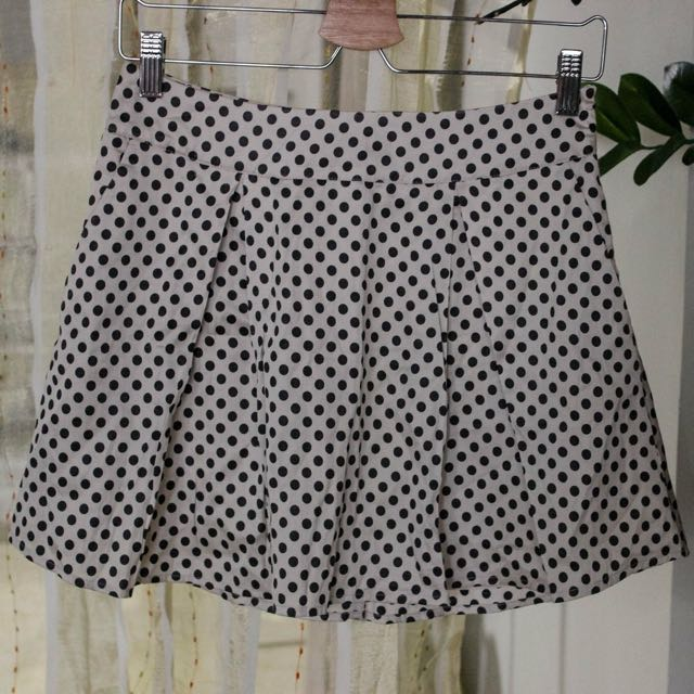 Forever 21 Polka Dot Pleated Skirt