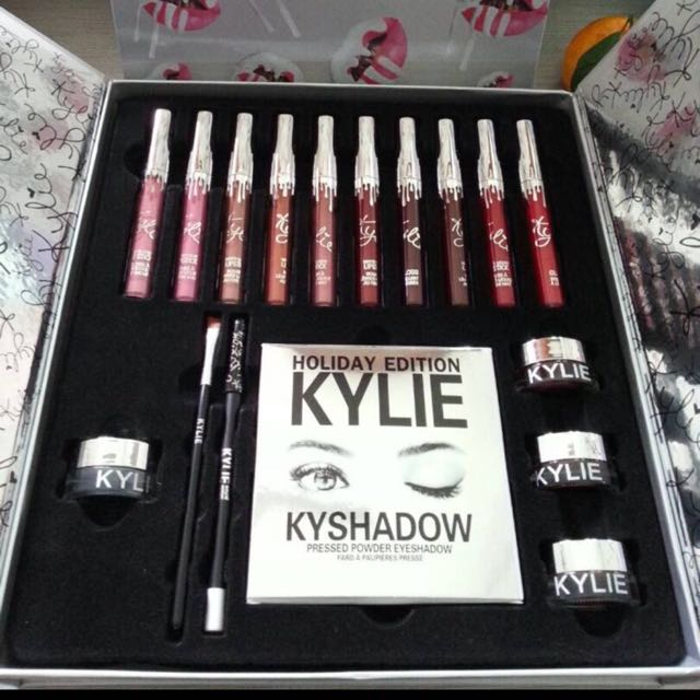 Kylie Holiday Addition