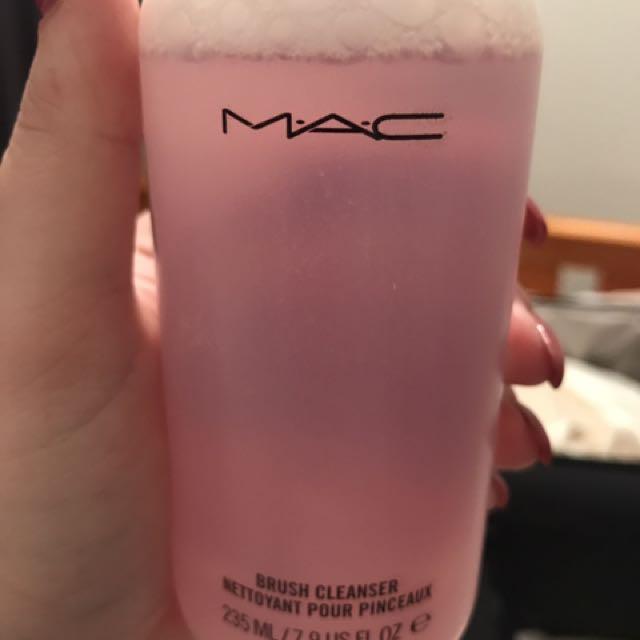 MAC BRUSH CLEANER