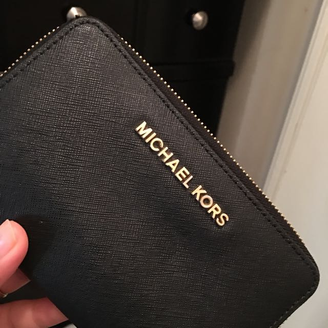 Micheal Kors Small Wallet