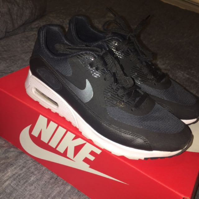 Nike Air Max Ultra Size 8