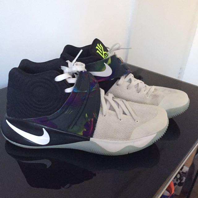 Nike Kyrie 2s