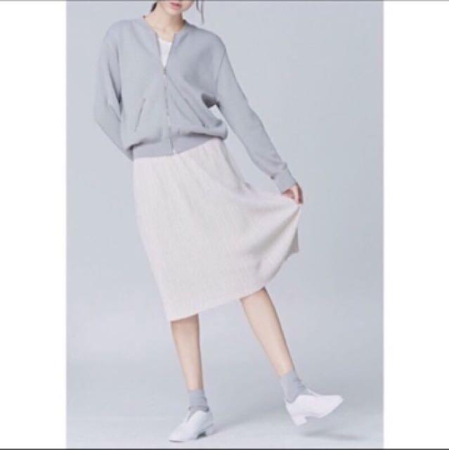 Nude 米色細摺裙