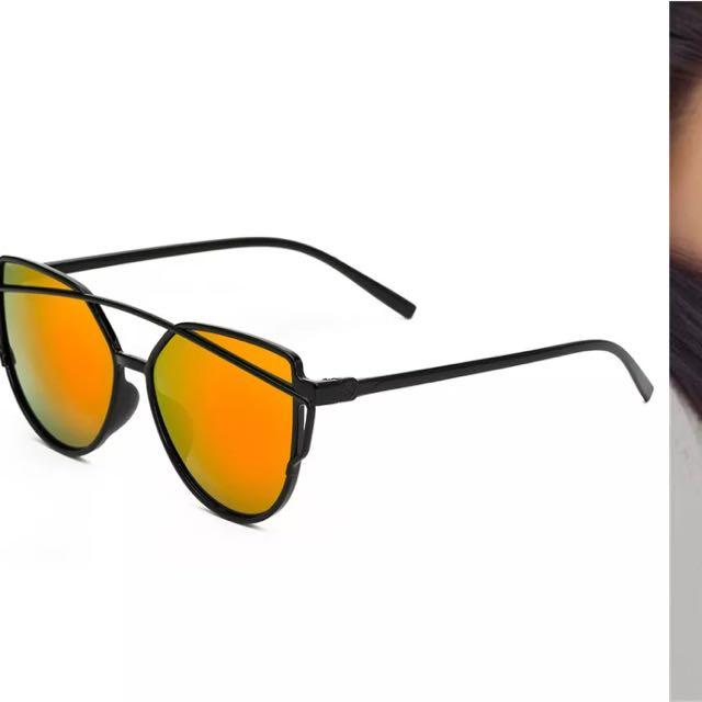 Reflective Sunglasses - Green Yellow Hue