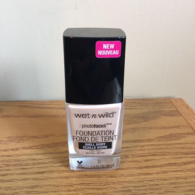 Wet n' Wild Photo Focus Foundation