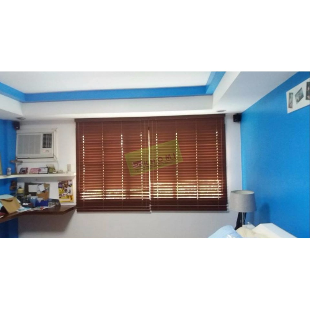 Window Blinds_Executive Table_