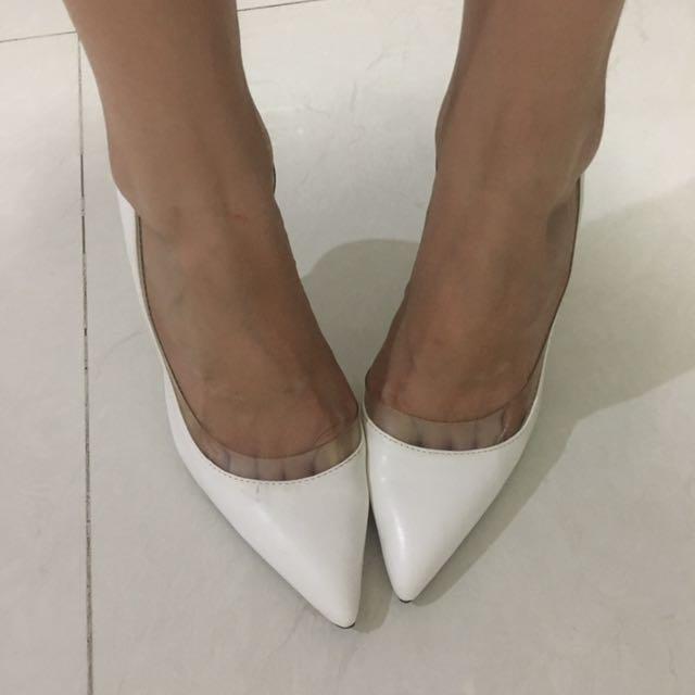 Zara Shoes White Size 36