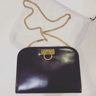 vintage salvatore ferragamo shoulder bag