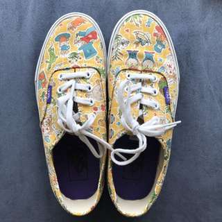 EUC Vans x Liberty Alice in Wonderland Size US 6.5