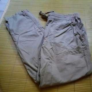 bossini棉質休閒長褲,M號