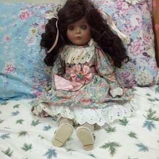 音樂陶瓷娃娃