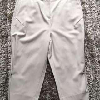 Calvin Klein 3/4 Pants