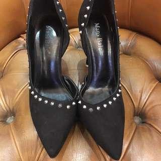 黑色鍋釘高爭鞋 36號