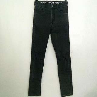 H&M Highwaisted Jeans