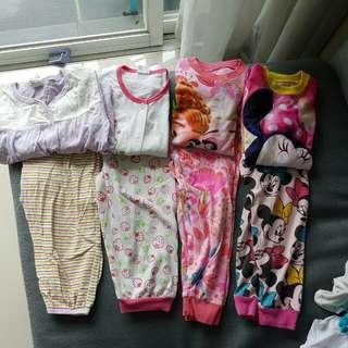 Pyjamas 2-3y free post (sm)