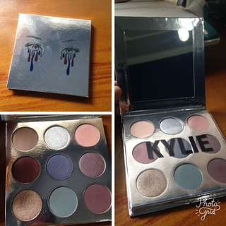 Kylie Eyeshadow Palette Holiday