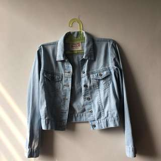 Cropped Light Denim Jacket