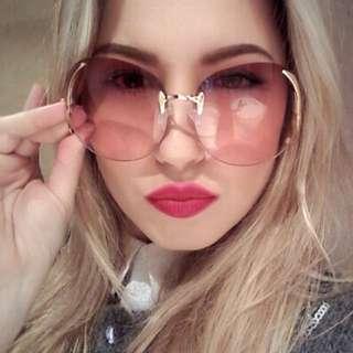 Oversized Retro Sunglasses In Red