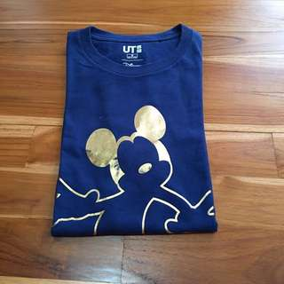 Uniqlo Kaos / T Shirt Mickey Edition
