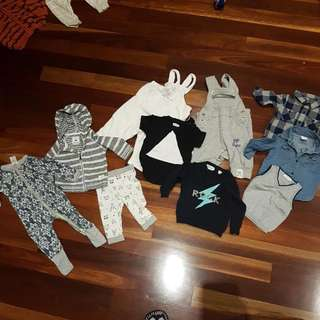 includes HUX BABY COUNTRY ROAD PURE BABY pumpkin patch willow and jag BONDS 3-6 months great condition I'll throw in some free bibs too 😊