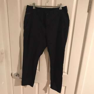 Nike Tech Woven Cropped Pants