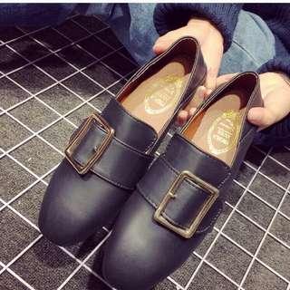 金屬釦環平底懶人鞋