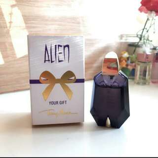 Alien by Thierry Mugler Perfume