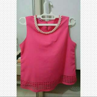 SALE! HARGA PAS! Fushia Top With Pearl Acc