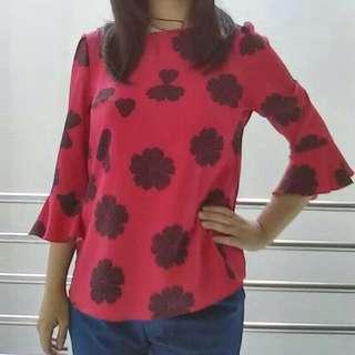 Baju Lengan Panjang Wanita Merah