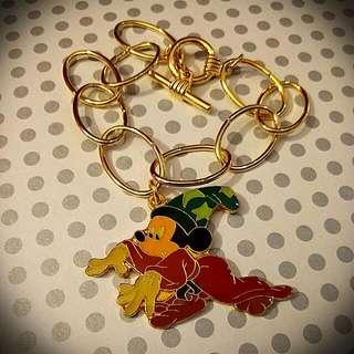 Disney Vintage Mickey Magician Charm W/ Bracelet 3 cm X 4.4 cm 迪士尼中古米奇魔術師吊嘴手鍊