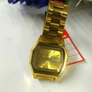英納格機械自動手表--Dr Lusce
