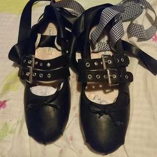 綁帶芭蕾舞鞋圓頭**仿皮平底鞋**舒適軟熟