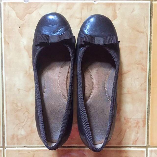 Auth Aerosoles Close Shoes