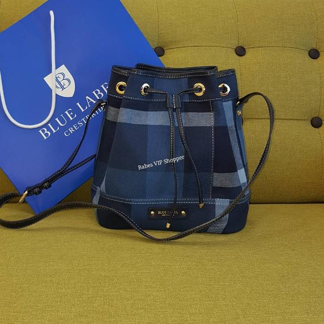 c6f9b0a85645 Authentic Blue label Crestbridge Bucket Bag