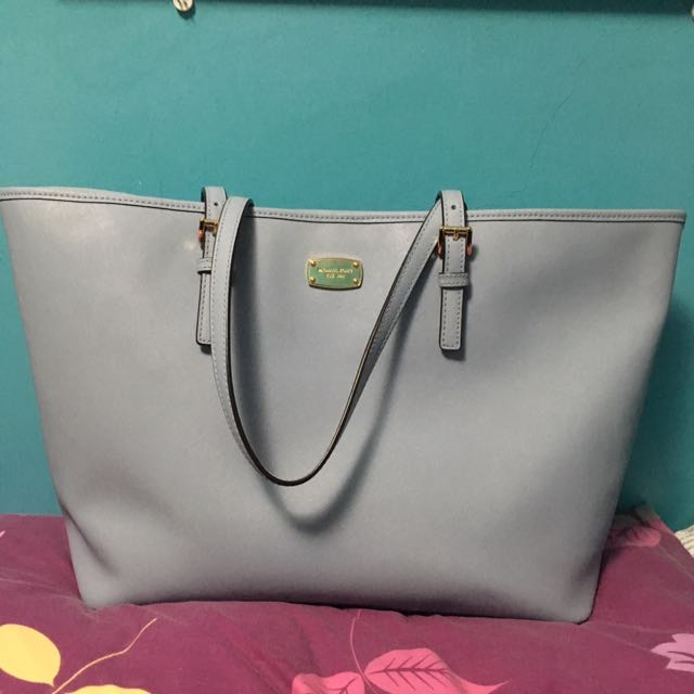 Authentic Michael Kors Jet Set Bag