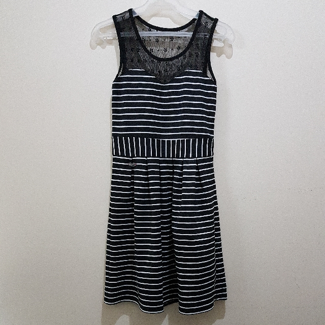 CANDIES | BNW Stripes Lace Sweetheart Dress